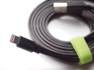 letouch-lightning-cable-03-320x240