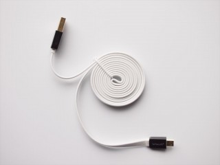 letouch-microusb-cable-02-320x240