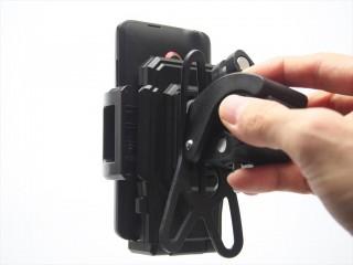 qtuo-smartphone-holder-13
